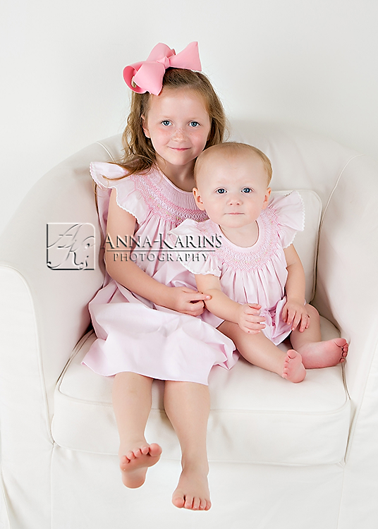 Sisters, beautiful sister portrait,