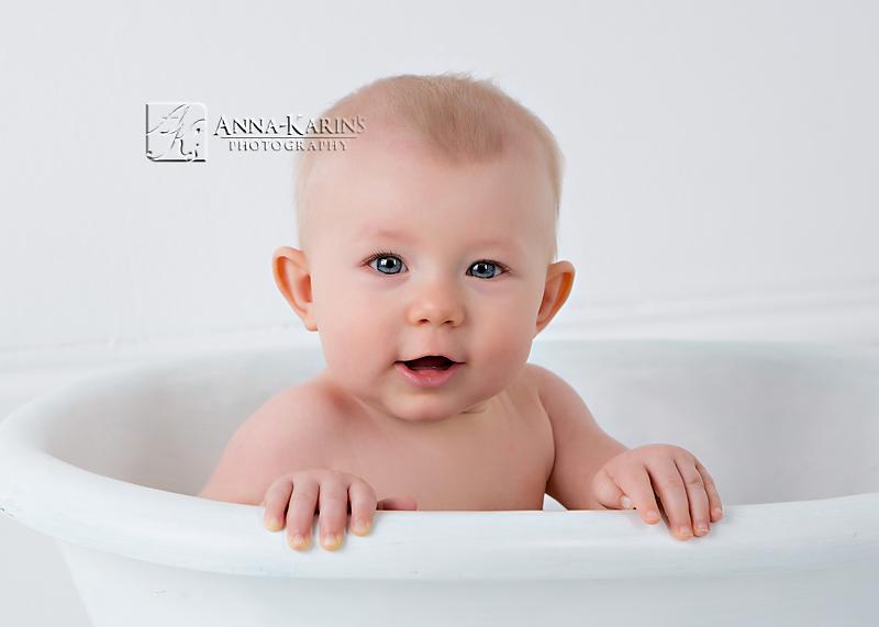 baby girl in bathtub