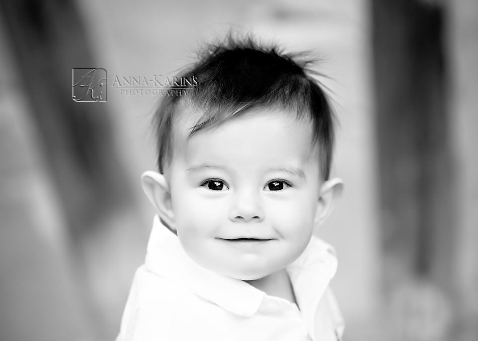 timeless beautiful bw portrait of child